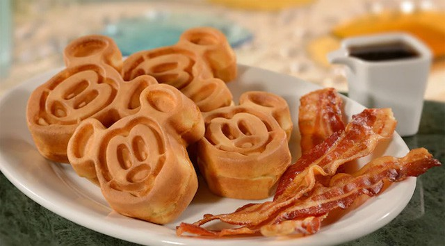 Kids Eat FREE at Disney this Summer!