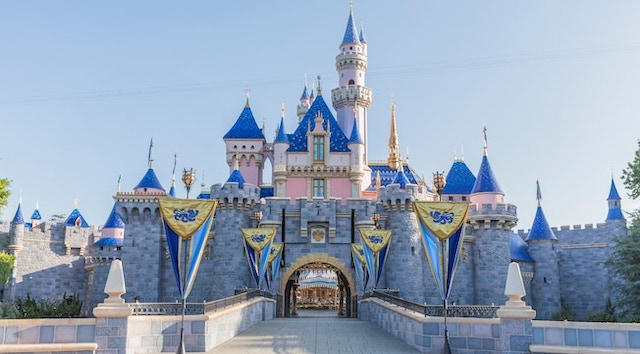 Disneyland Announces Reopening Date!