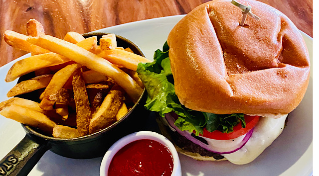 Bargain Dining: Disney World's Best Burger For Less Than Ten Dollars!