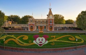 NEWS: Disneyland reopening takes a step forward