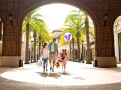 Check Out the New Extended Hours for Disney Springs