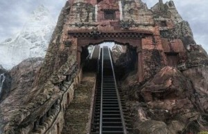No Social Distancing on Expedition Everest Now?