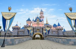 Disneyland will Play a Major Role in California Vaccinations