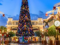 Why it's more fun to visit Disney World during a holiday