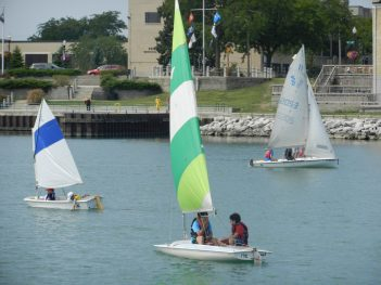 Kids Sailing in kenosha Harbor