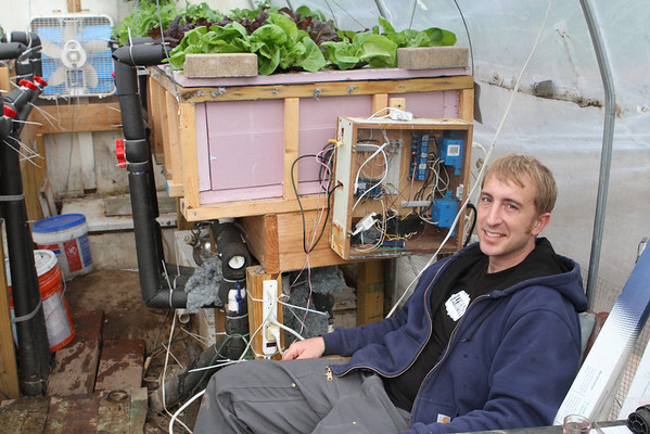 Cold Weather Aquaponics Controller