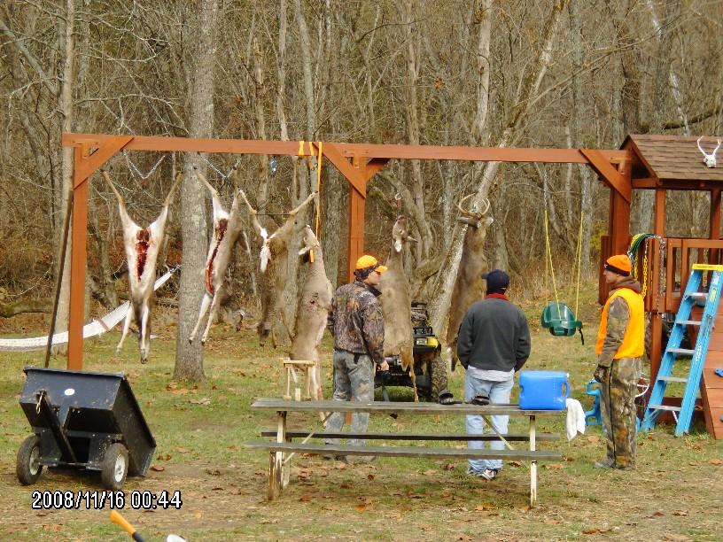 help making deer hanging apparantus