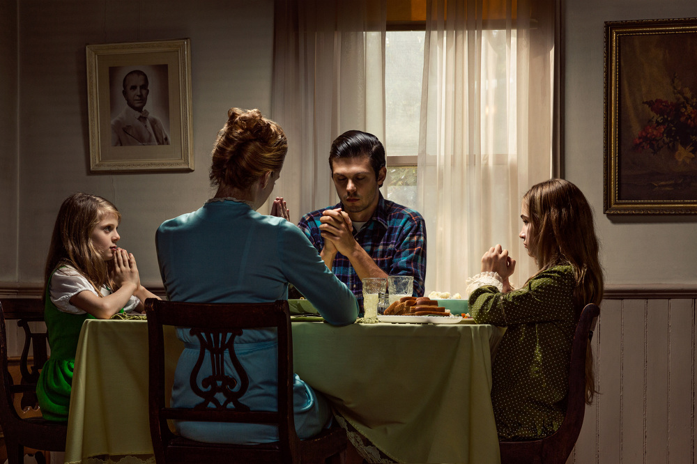 14_Fallen-Fawn_Andres_Table-Prayer-_Belmont-House_1000