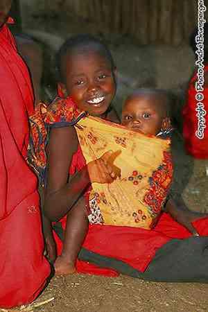 Enfants Masaï à Lewa downs au Kenya - Ethnie groupes ethniques Masaï