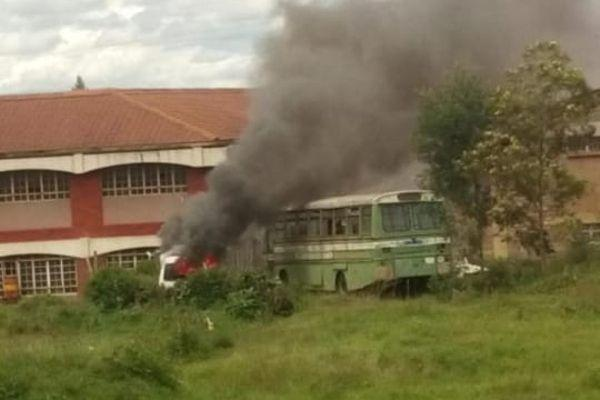 An old vehicle set on fire during the October 11 strike in Moi University. The university on Wednesday, October 16, ordered students to pay Ksh 6,275 for damages caused.