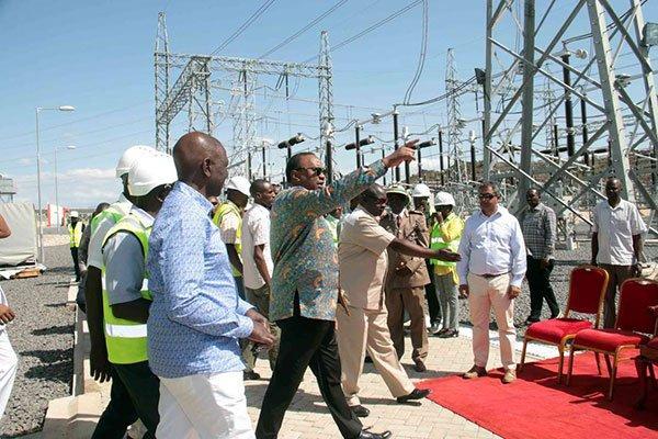 President Uhuru Kenyatta and deputy president William Ruto during the launch of the Lake Turkana Wind Project in July 2019