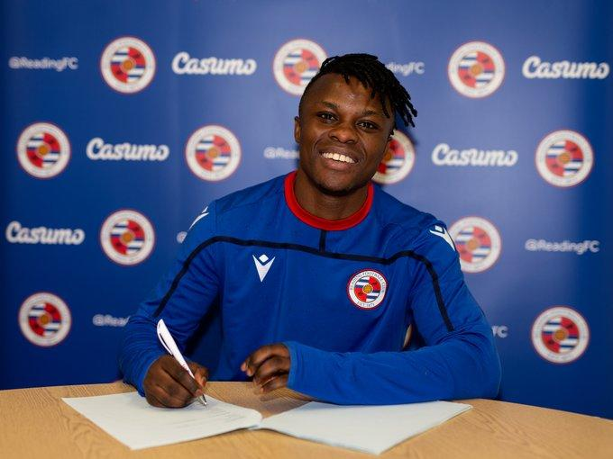 Ayub Timbe poses after signing for English side Reading FC on Friday, January 31