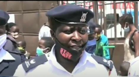 Hellen Mideva, an assistant superintendent of police in Kayole speaking to the media on Thursday, May 21.