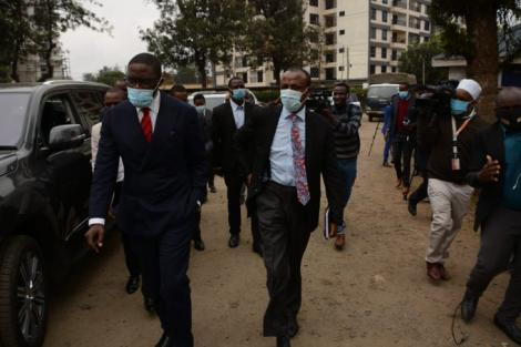 Nairobi Senator Johnson Sakaja arriving at Kilimani Police Station on Monday, July 20, 2020 in the company of his lawyer Mutula Kilonzo
