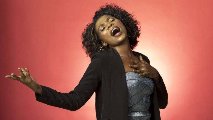 Rose Muhando ft Margaret Nyapola – Nimeinuliwa na Yesu