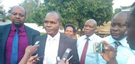 Migori County Assembly Boaz Okoth addressing the press in 2017.