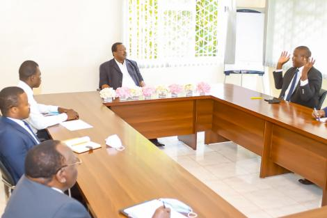 ANC leader Musalia Mudavadi (chairing) with NRA officials lead by Amemba Magufuli (in white shirt) photographed on Tuesday, April 10, 2021.