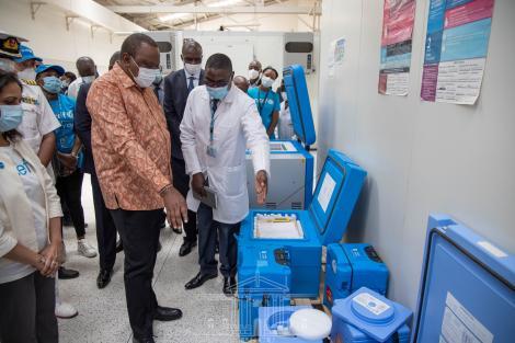 President Uhuru Kenyatta inspecting the Central Vaccine Depot in Kitengela, Kajiado County on March 4, 2021