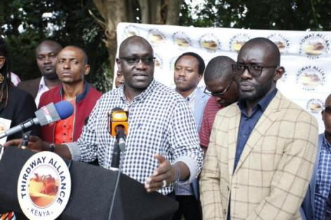 Thirdway Alliance leader Ekuru Aukot (Centre) with secretary-general Frederick Okango (Right) at a past press conference in 2019