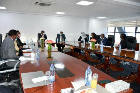 KeNHA officials in a meeting with World Bank officials on Monday, March 15, 2021.