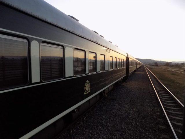 TAZARA Trains - Rovos Rail Luxury train from Jo'burg to Dar Es Salaam