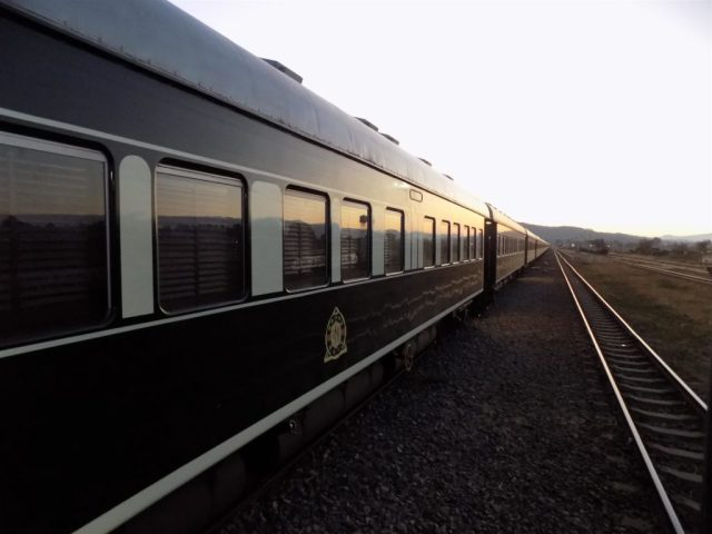 TAZARA Trains - Rovos Rail Luxury train from Jo'burg to Dar Es Salaam