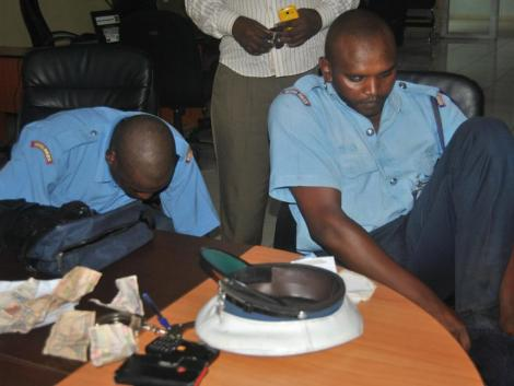 Police officer arrested after collecting bribes.