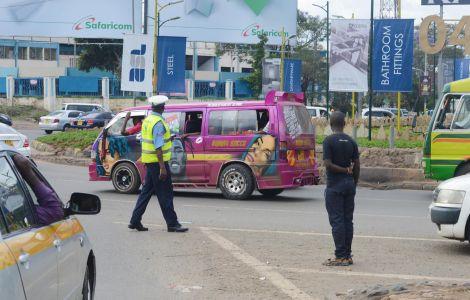 Traffic Police at Nyayo Stadium Round About , Nairobi. Monday, November 14, 2019