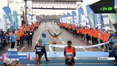 Half Marathon Word record holder Ruth Chepngetich at the finish line on the Instanbul Half Marathon