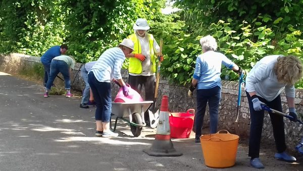 Kidmore End Ladies gardening 2