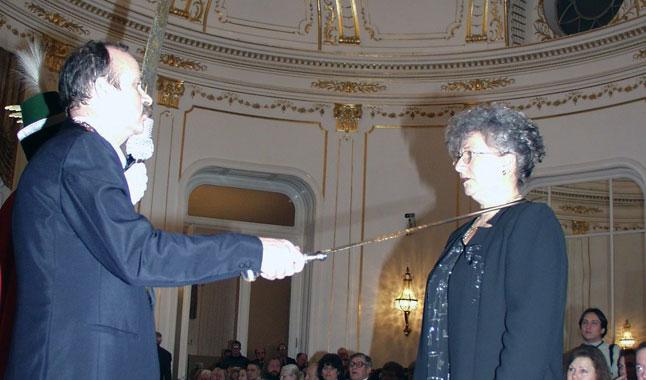 2003-ban a Magyar Kultúra Lovagjává ütötték