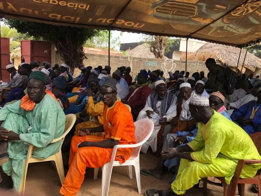 %name (Photos) Inhumation de Tanor Dieng: Nguéniène grouille déjà du monde
