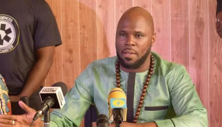 « Boycotter l'Afrique du Sud, est un discours d'abruti politique congénital », Kemi Séba