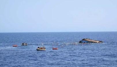 Chavirement aux Îles de la Madeleine: 4 morts dont 35 rescapés