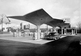 Diamond Station - Pedro Guerrero © Pedro e Guerrero Archives