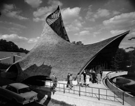 United Church of Rowayton - Joseph Salerno - Pedro Guerrero © Pedro e Guerrero Archives