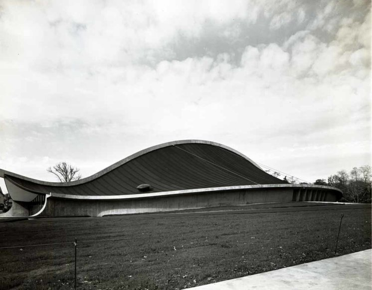 Yale Hockey Rink - Eero Saarinen - Pedro Guerrero © Pedro e Guerrero Archives