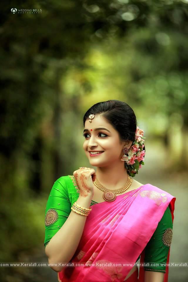 Jayaraj Warrier Daughter Engagement Photos Kerala9 Com