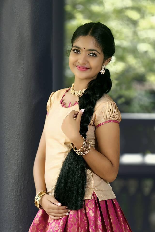 Nandana Varma Pictures Photos Amp Nandana Varma Images