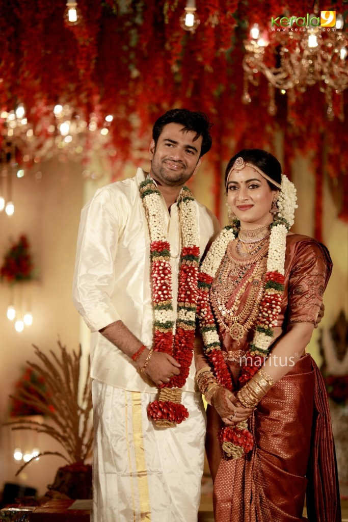 maniyan pillai raju son marriage photos 019