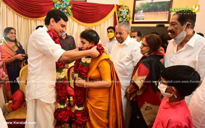 pinarayi vijayan daughter Veena Mohammed Riyas wedding photos 002