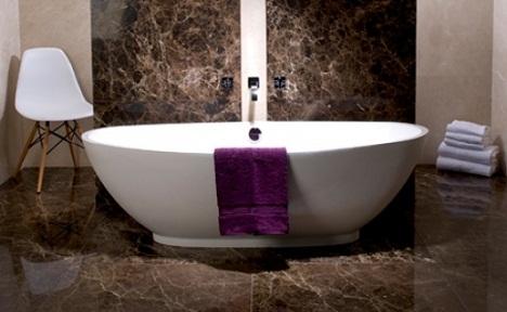 пол в ванной комнате