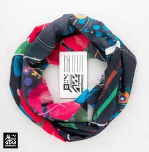 "Infinity Scarf ""Hibiscus on Black"""
