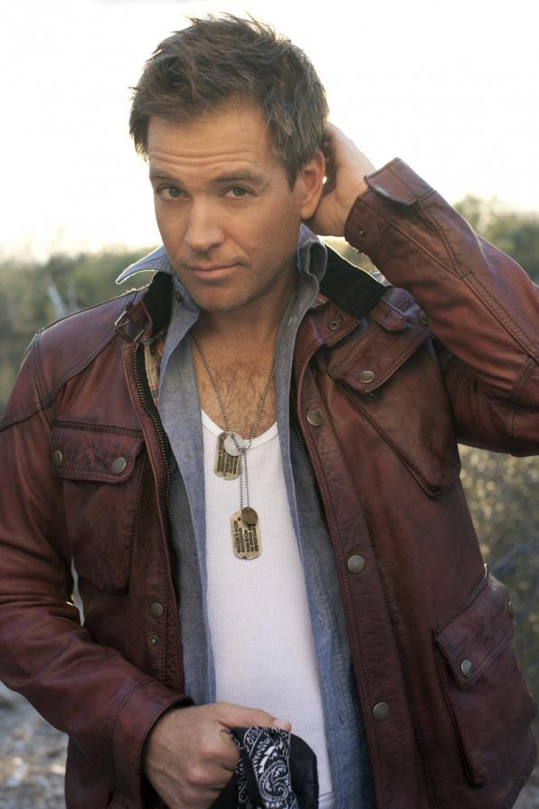 Guide Tony DiNozzo by Michael Weatherly