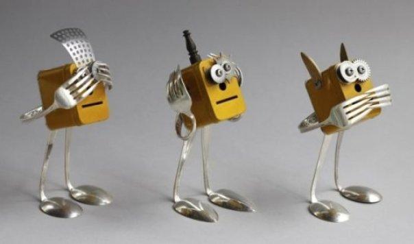 Bu-robotlar-evlat-edinilmek-istiyor-1