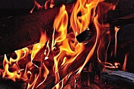 Ateş ile İlgili Deyim ve Atasözleri (45 Adet)