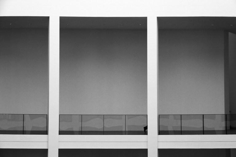 Architekturfotografie in der Pinakothek der Moderne - Galerie