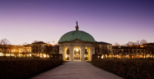 Fotografie in der Dämmerung und Blauen Stunde im Hofgarten - westlicher Himmel