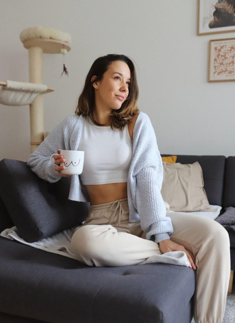 Gemütliche Loungewear ist von spontan zusammengewürfelten Outfits zur Uniform der letzten Monate geworden. In diesem Post zeige ich euch meine liebste Loungewear und wie ich diese kombiniere.