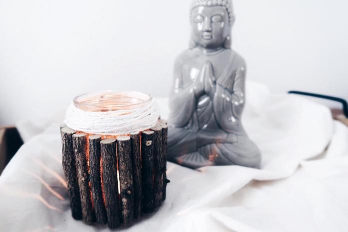 Upcycling, Basteln mit Glas und Holz, einfach und günstig! Deko Vase in Naturtönen und bunt